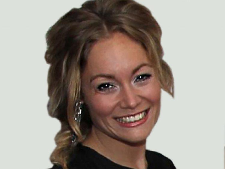 Evie Hoonings